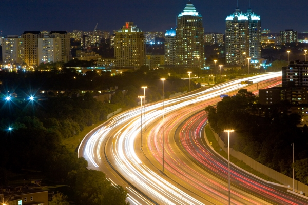 Highway_401_Night_Lapse_Busy.jpg