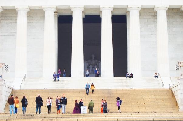 Lincoln_memorial_2.jpg